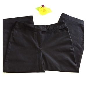East 5th Black Linen Blend Capri